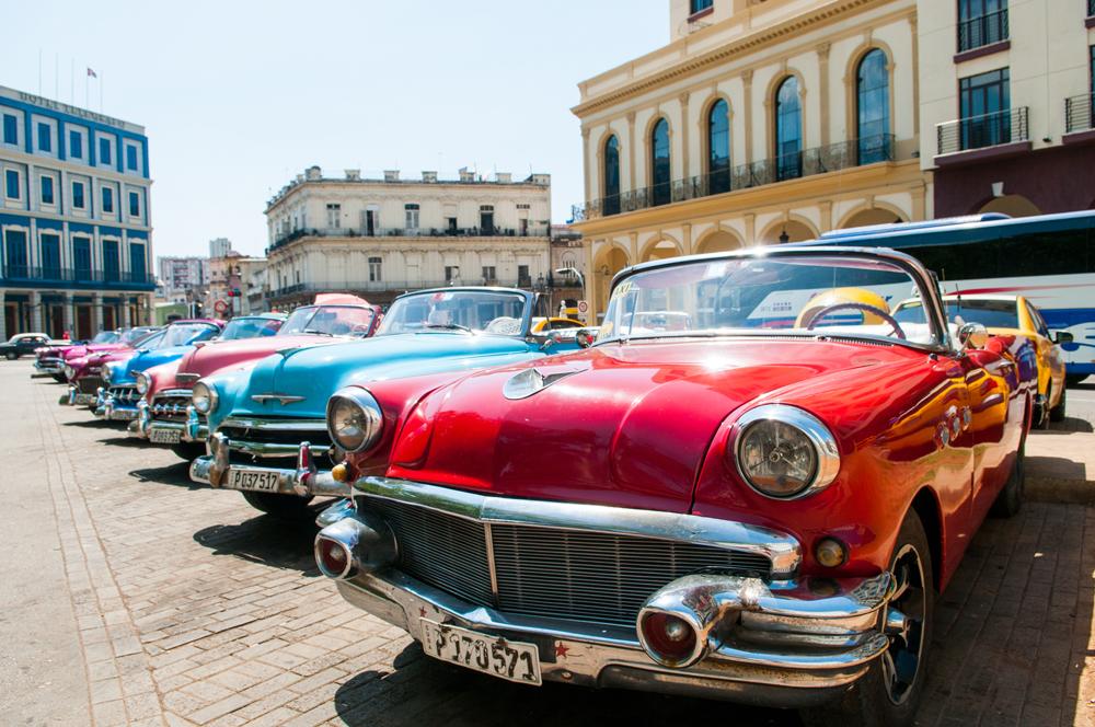 ヴィンテージカー人気のメーカー4つと各代表車種を紹介